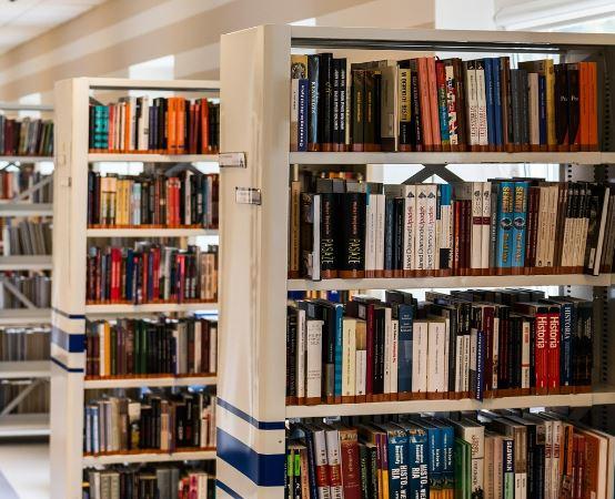 Biblioteka Tomaszów Maz.:  Noworoczne spotkanie w bibliotece